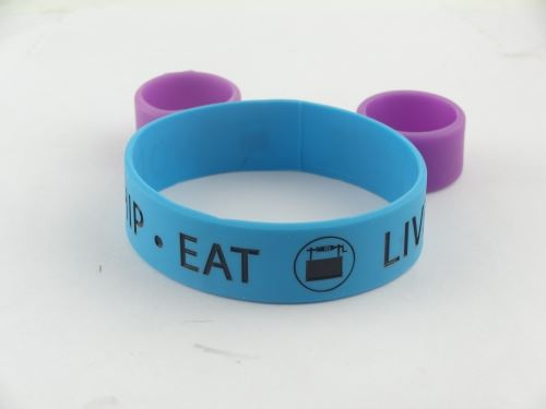 How to custom debossed rubber bracelets?