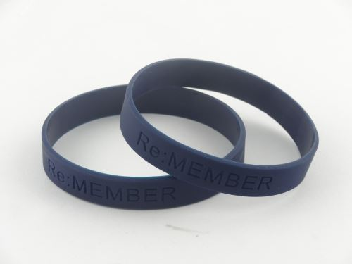 How to custom embossed silicone wristbands?
