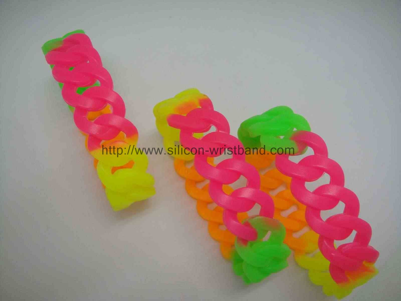 personalized-silicone-wristbands_1339.jpg