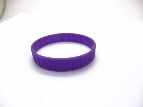 how-to-make-a-personalized-bracelet_1824.jpg