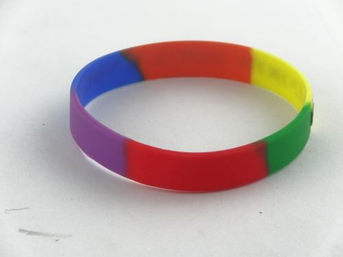 How to wholesale Brexit silicone bracelet on the Internet?