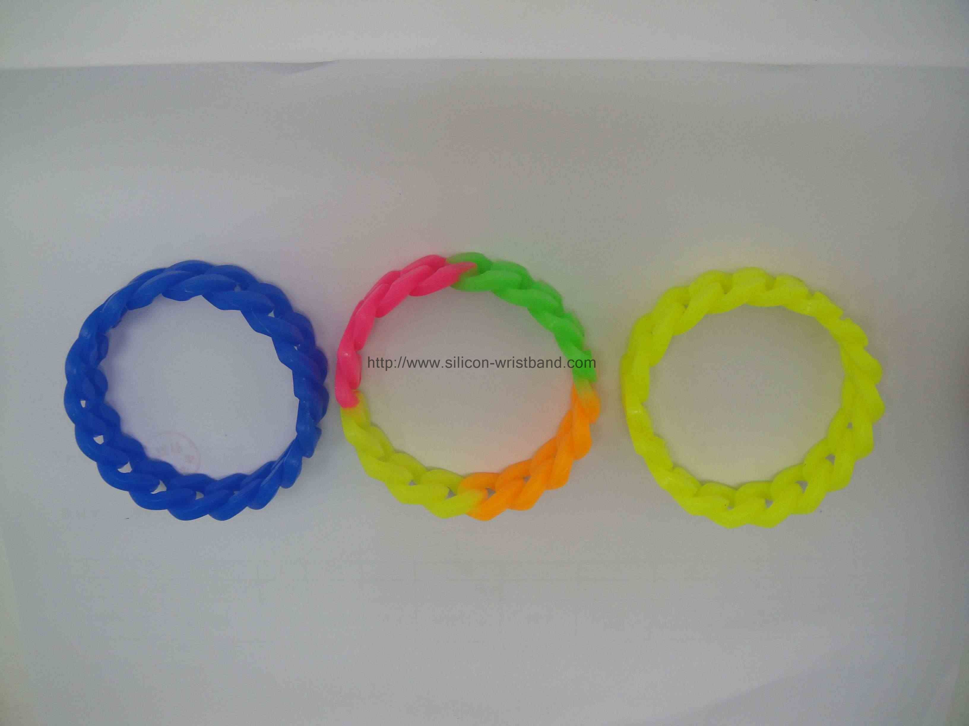 custom-rubber-band-bracelet_1241.jpg