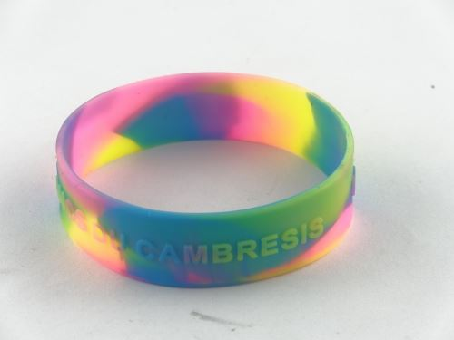 Silicone bracelet custom website offers what?