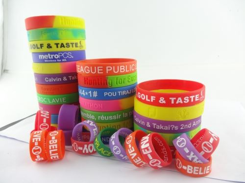 create rubber bracelets