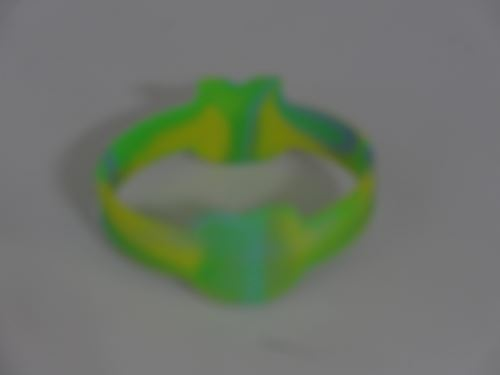 How to make engraved silicone wristbands?
