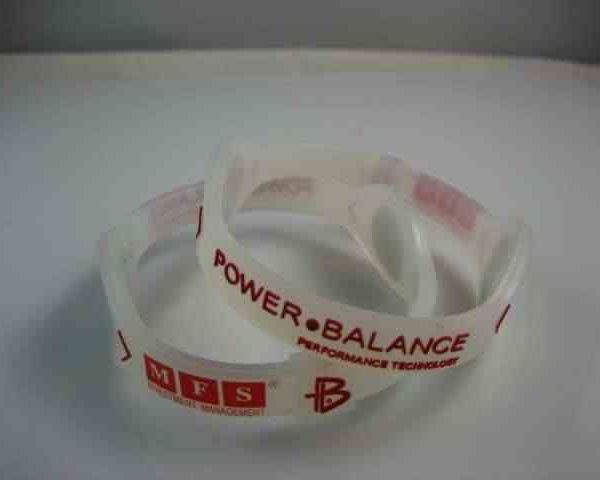personalized-paper-wristbands_5821.jpg