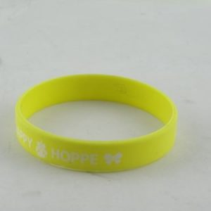 breast-cancer-bracelets-rubber_6509.jpg