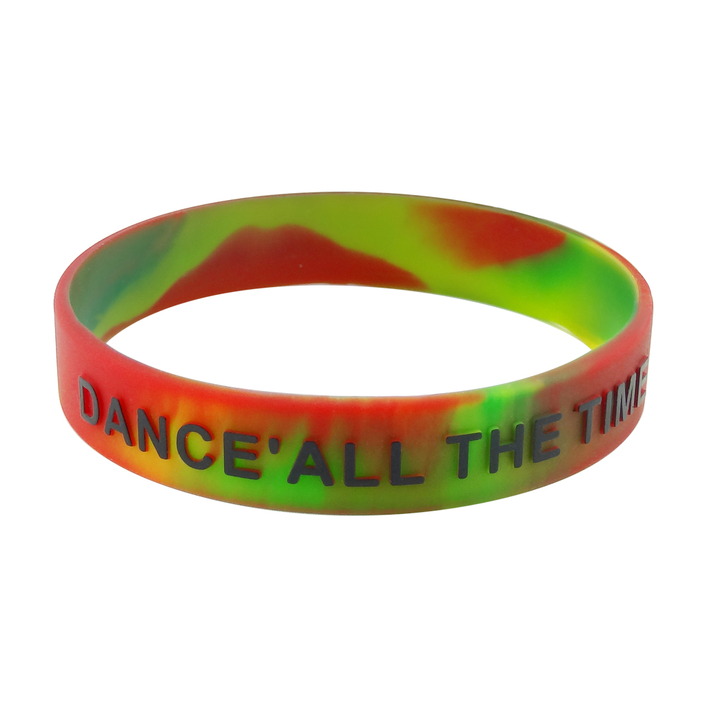 do silicone slap bracelets have metal